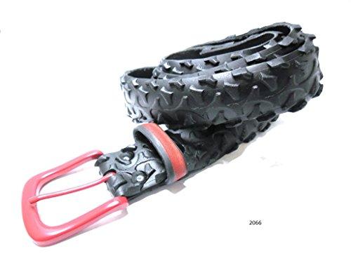 Unisex-Gürtel aus alten Fahrradreifen - rote Schnalle