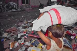 Faire Arbeitsbedingungen schaffen - keine Kinderarbeit