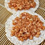 Mett, Gehacktes, Hackepeter vegan aus Reiswaffeln