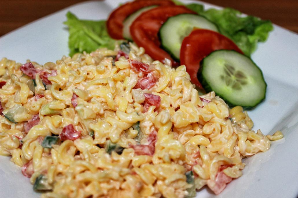 Veganer Nudelsalat (glutenfrei & zuckerfrei)