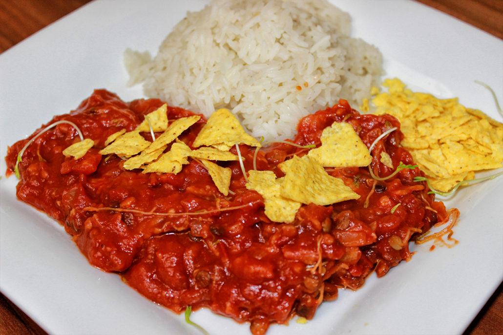 Mexikanische Tortilla-Pfanne mit Linsen-Sprossen