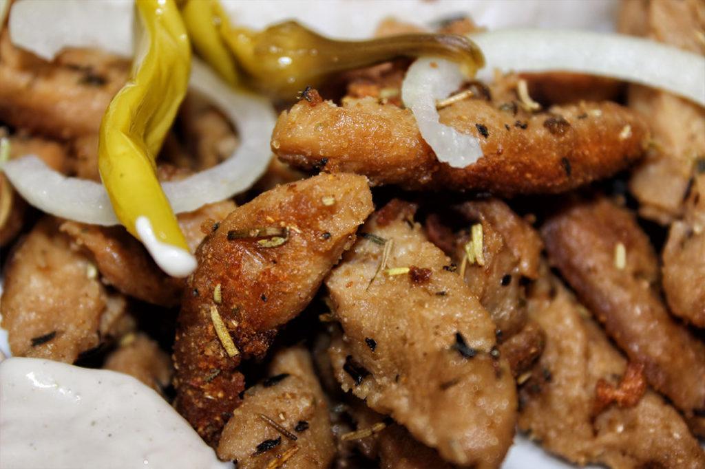 Veganes & vegetarisches Gyros aus Sojaschnetzel - Rezept