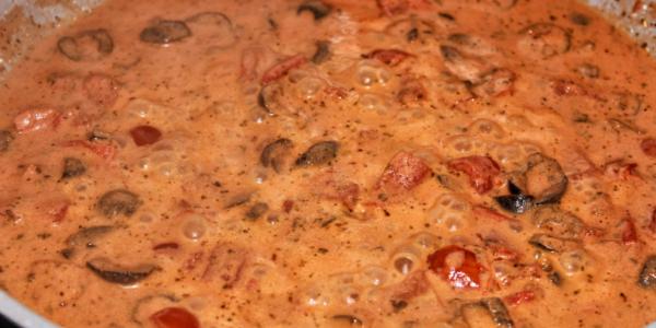Tomaten Oliven Creme – vegan & glutenfrei