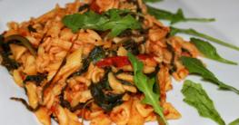 Rezept für glutenfreie Spinat-Rucola Nudeln