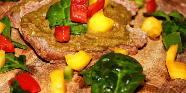 Selbstgemachter Brotaufstrich – vegan, glutenfrei & zuckerfrei