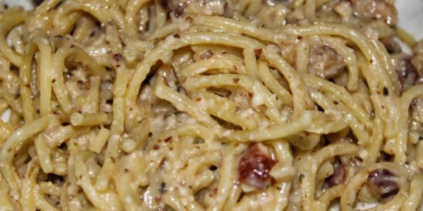 Spaghetti Carbonara – glutenfrei, vegan & ohne Zuckerzusatz