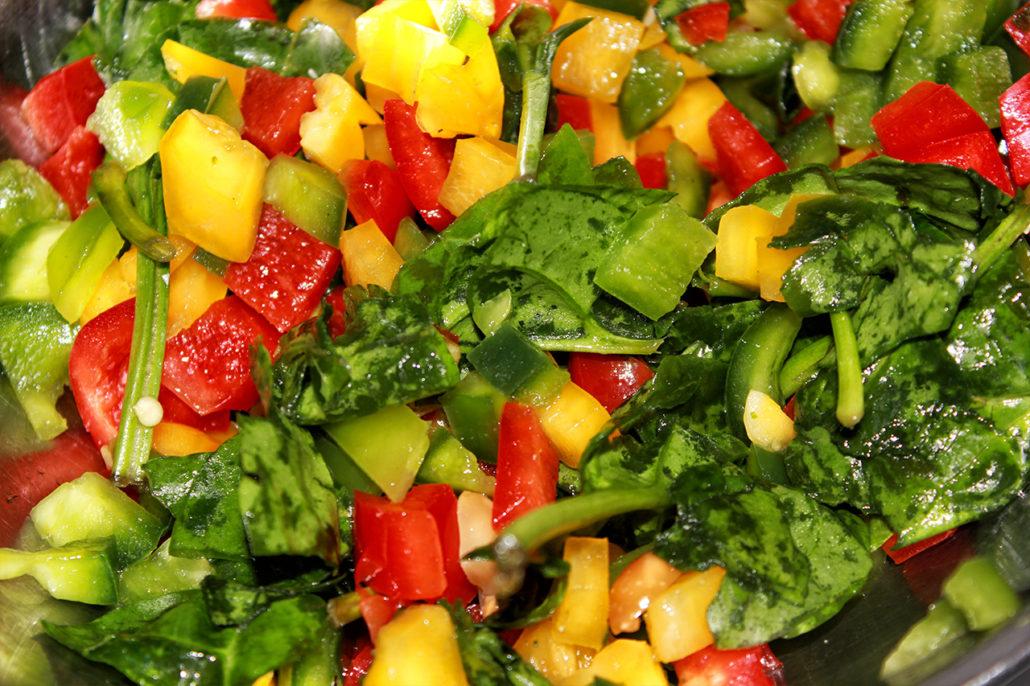 blattspinat salat mit erdn ssen vegan glutenfrei veggiesearch. Black Bedroom Furniture Sets. Home Design Ideas