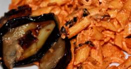 Vgane und glutenfrei Penne mit Aubergine